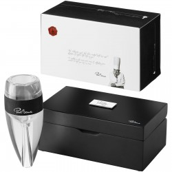 Queenie wine aerator